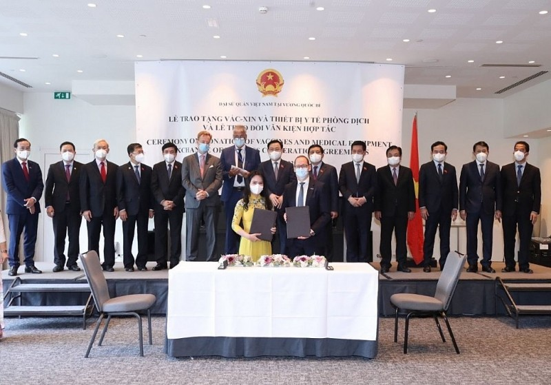 The world's leading offshore wind power Group officially come to Vietnam