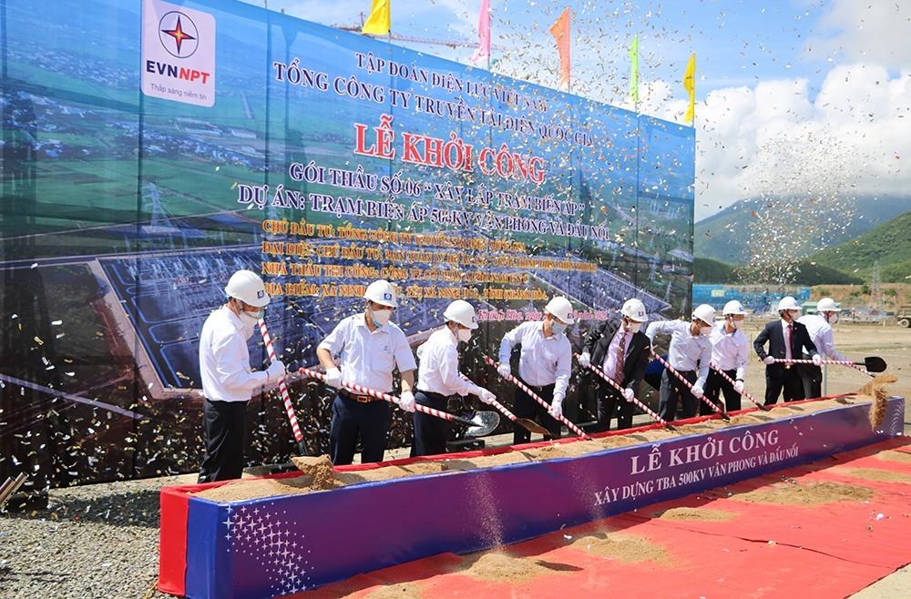 Starting Van Phong 500 kV transformer substation and connections
