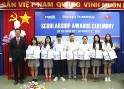 more than 1000 vietnamese students have received a doosan vina scholarship