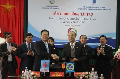PV Drilling accompanies Thai Binh's women volleyball Team