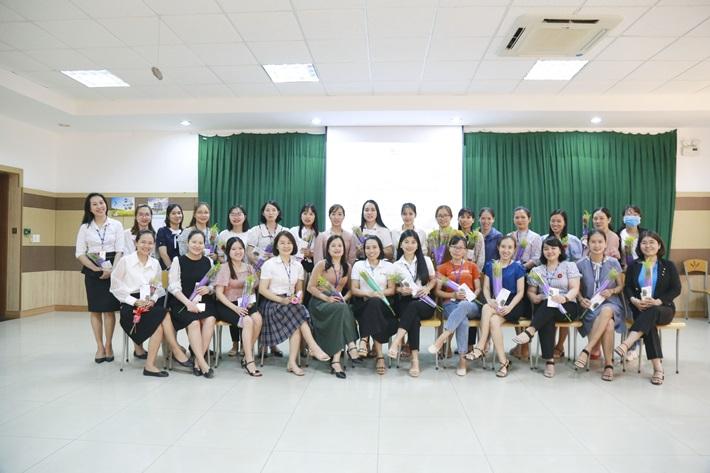 Doosan Vina tôn vinh hơn 200 lao động nữ nhân ngày Quốc tế Phụ nữ 8/3