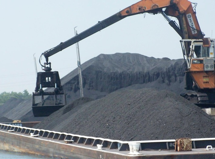 Vinacomin has received the first shipment of imported coal from the United States