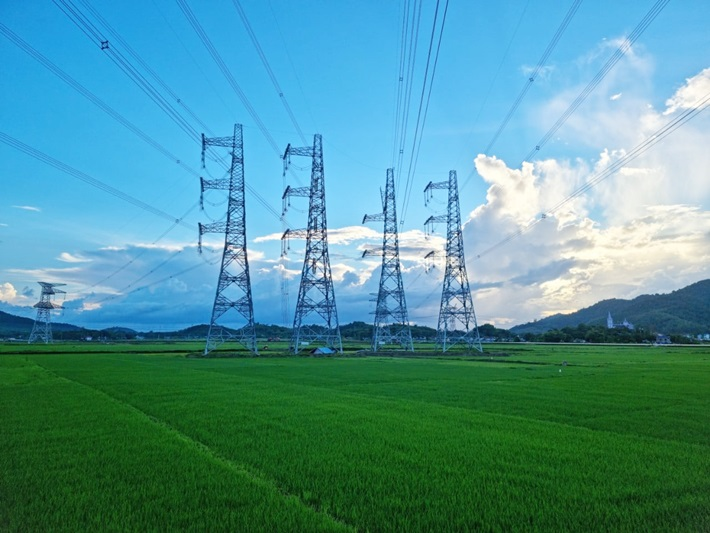 Powering the 500 kV line connecting Nghi Son 2 BOT TPP with the National Power System