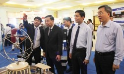 Opening  a  Workshop - Show of Nuclear Power Development
