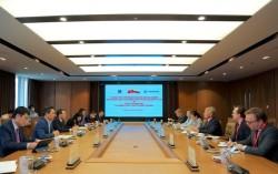 Petrovietnam Chairman of the Board of Directors Hoang Quoc Vuong receives Chairman of Novatek Group