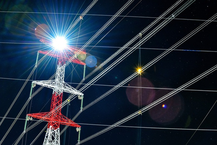 Successfully energizing the first 500kV power grid projects invested by private sector in Vietnam
